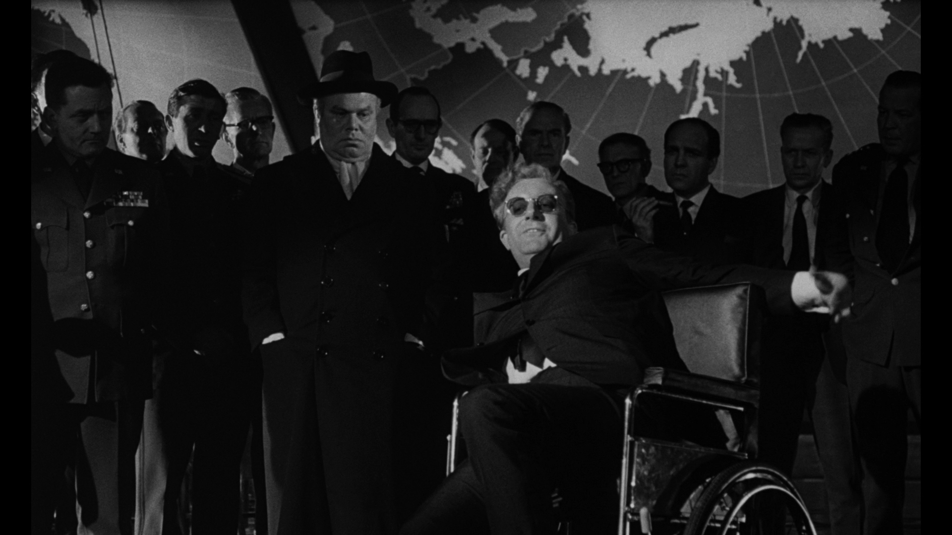 dr strangelove essay dr strangelove nightmare comedy and the ideology of liberal