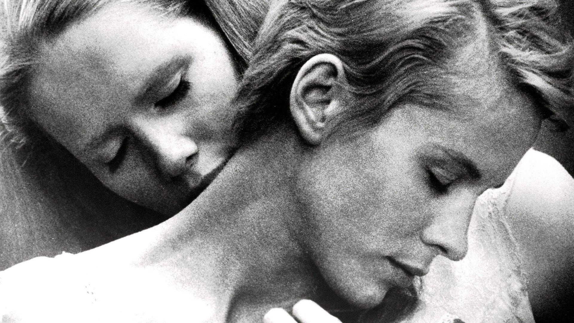 Persona (1966) Bibi Andersson and Liv Ullmann