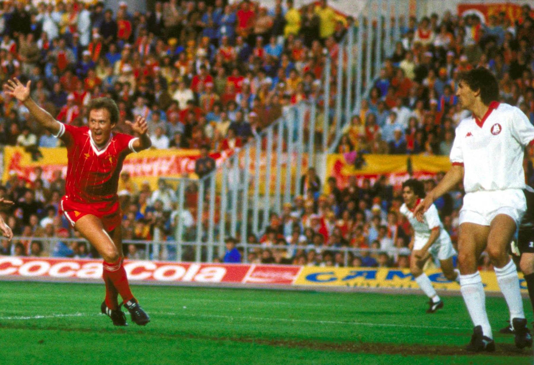 Coppa dei Campioni 1984, Liverpool-Roma - Phil Neal esulta dopo aver segnato il gol del vantaggio
