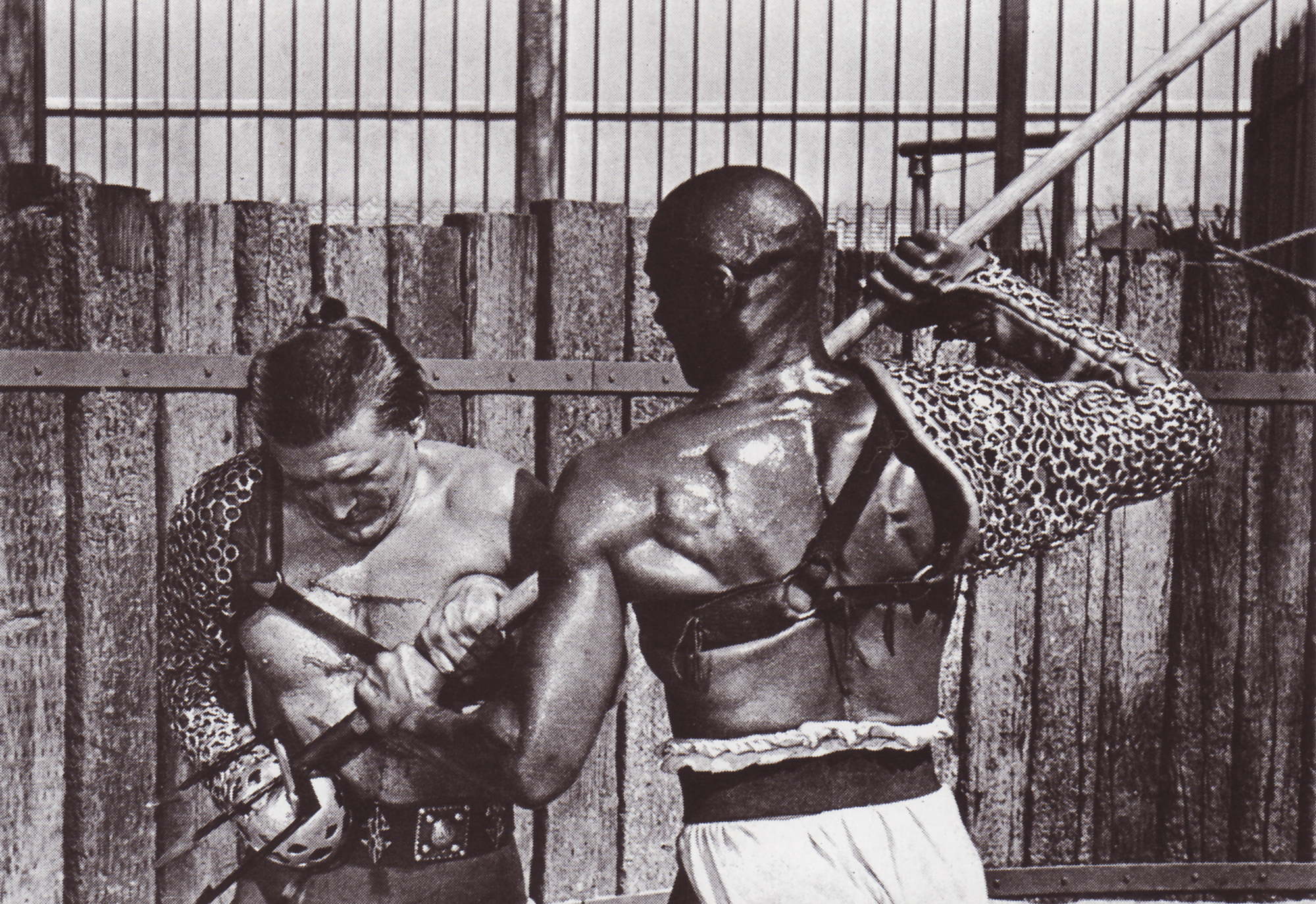 Kirk Douglas and Woody Strode in Spartacus (1960)