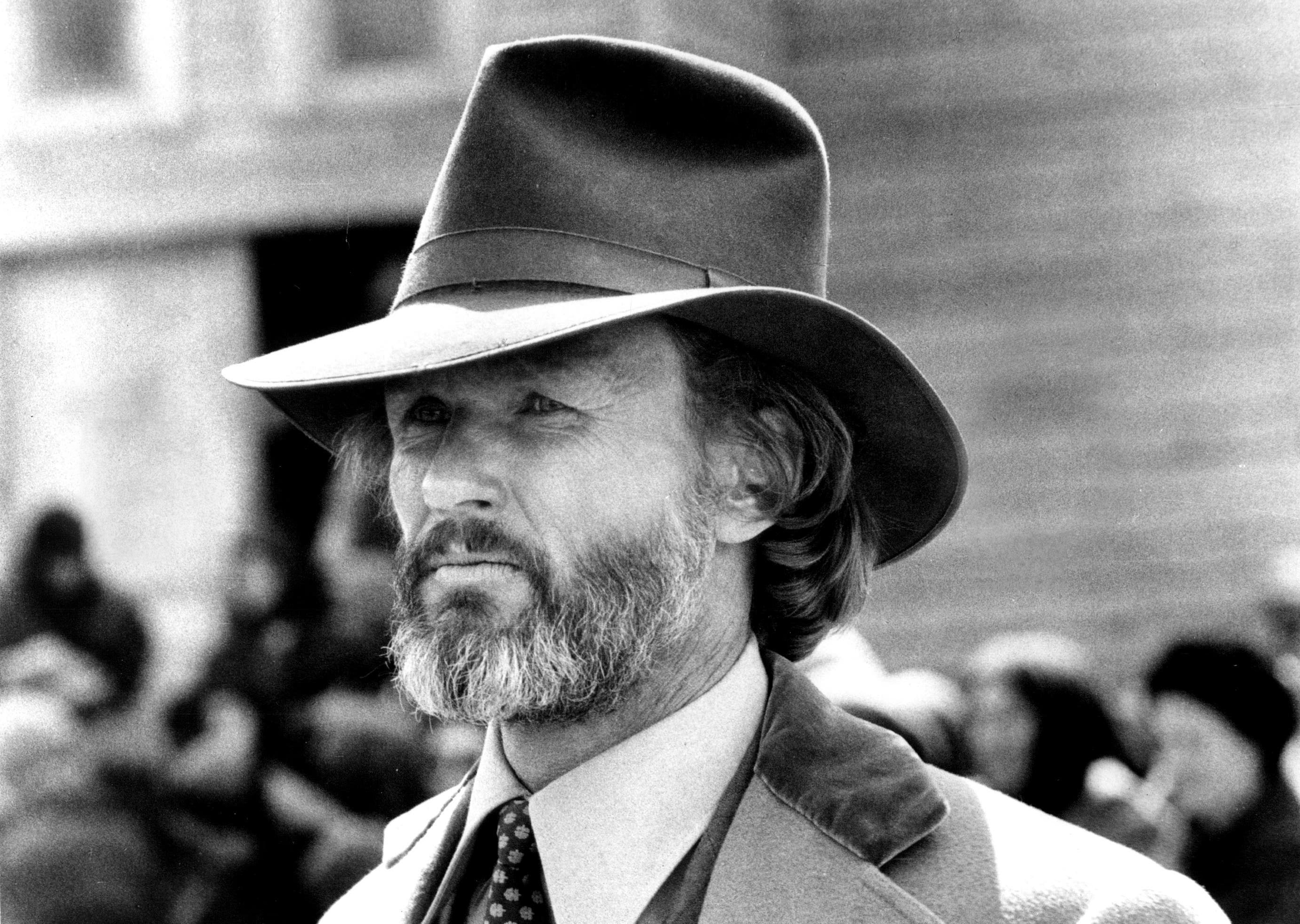 "James Averill (Kris Kristofferson) faces the realization that 125 citizens of his town are condemned to day in Michael Cimino's ""Heaven's Gate"""