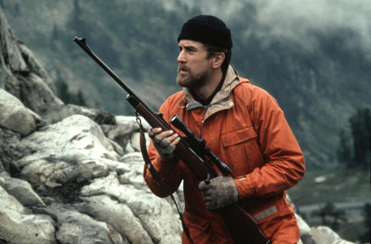 The-Deer-Hunter-1978-Michael-Robert-De-Niro-hunts-and-kills-a-deer.jpg