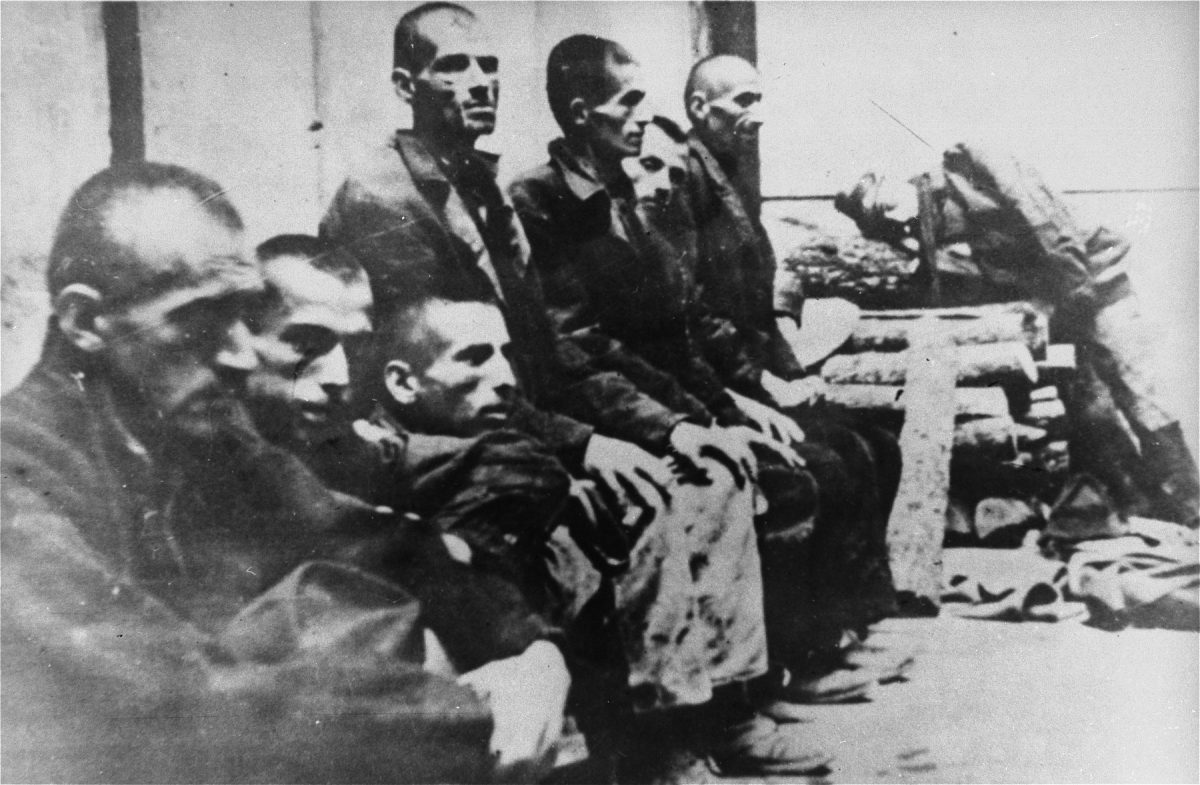 Serbian prisoners interned in Jasenovac