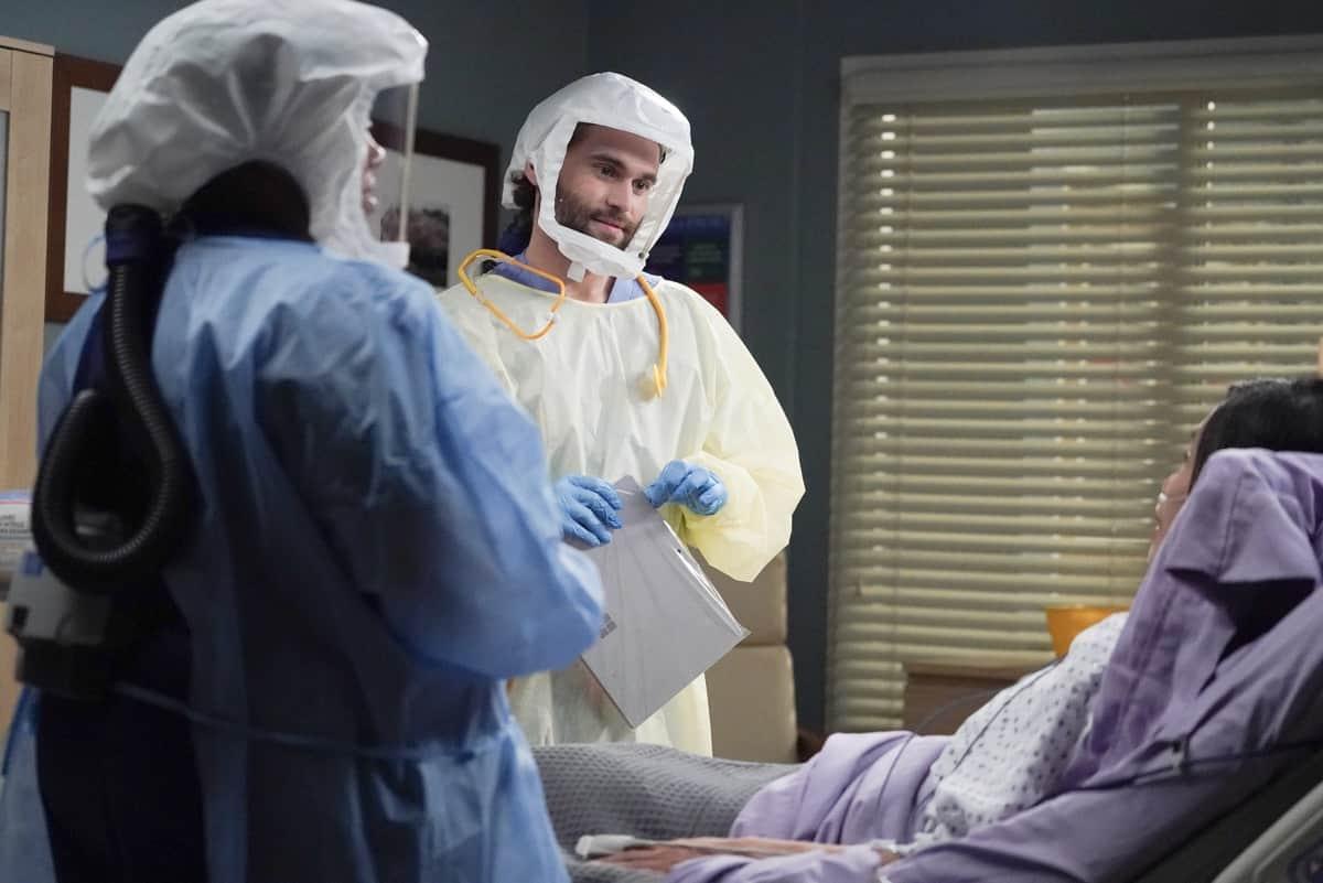 Grey's Anatomy - S17E17 - Someone Saved My Life Tonight